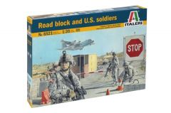 ITALERI 1/35 ROAD BLOCK AND U.S SOLDIERS
